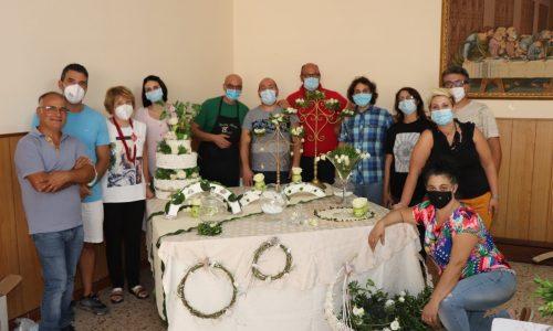 Montallegro, corso SIAF di confettata e decorazione del tavolo sposi